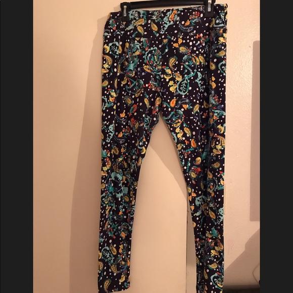 LuLaRoe Pants - Lularoe Tall & Curvy leggings.